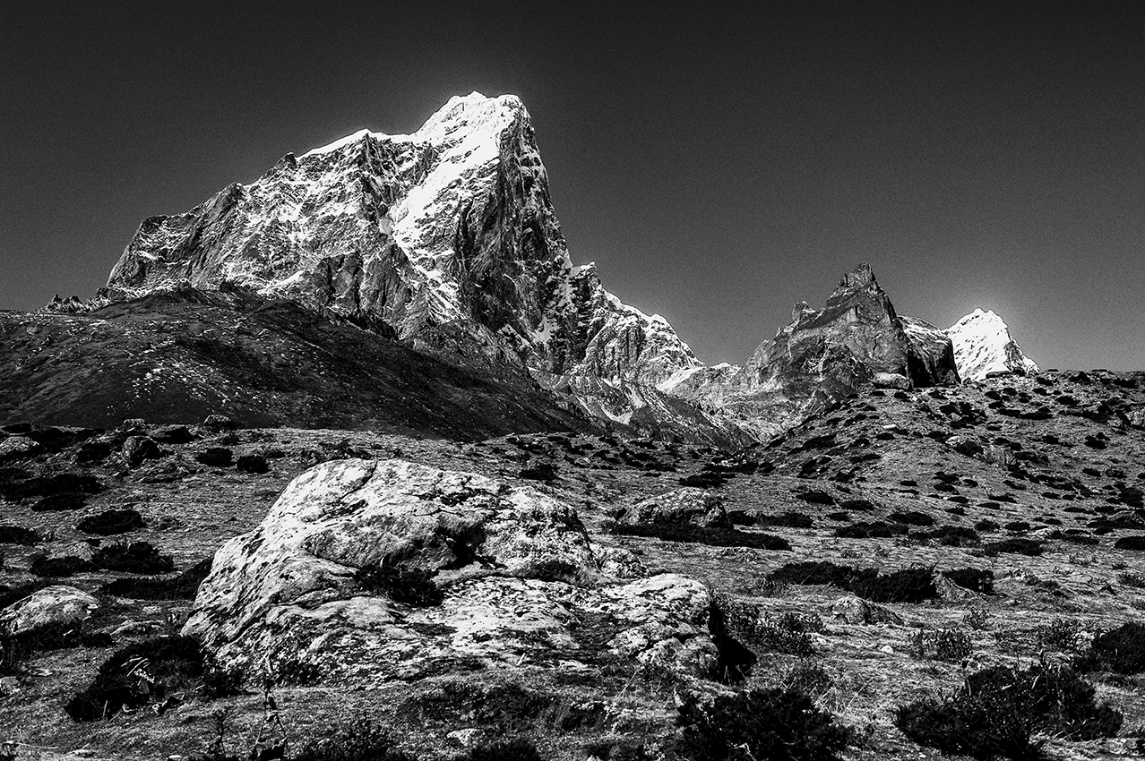 Summits of the Himalaya : Taken in the Khumbu Area on the way to the Everest Base Camp