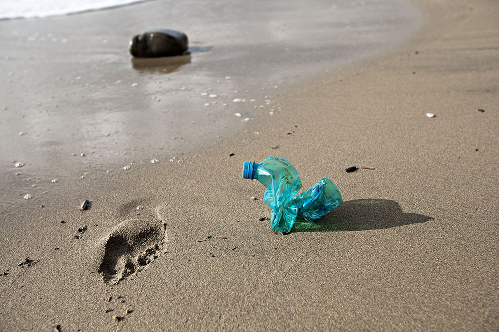 untitled | from the series gems : The photo work Schmuckstücke/Gems displays found plastic objects that have washed up on a beach.   In the last 100 years, the invention of plastics has fundamentally changed our lives, like no other invention. Plastic is one of the most frequently used packing materials. Life without plastics is quite unimaginable today. An interesting aspect is that the raw materials for its production will not be available forever, and still we use it very wastefully. Plastic is in itself an incredibly versatile and attractive material, the dangers of which we are only just beginning to realize. In some seas, the quantity of finely ground plastic particle that washes up on the shore already amounts to a third of the plankton that washes up.   Plastic has long been present in our food cycle, the so-called soft plastics (plastic bottles) contain hormonally active agents. Studies have shown a connection between Bisphenol A and infertility in men as well as other...