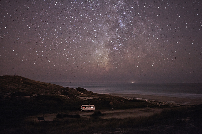 A van in the sea 22 : In 2011 I decided to buy an old(but super well constructed) motorhome Hymer 1983 and move it along the south coast of Portugal in some of my favorite places along the european coast. I did that just to be able to take care of my personal photography project and also… because I just wanted to do what I like. Here is a small series of images taken in 2013 before to go to sleep.