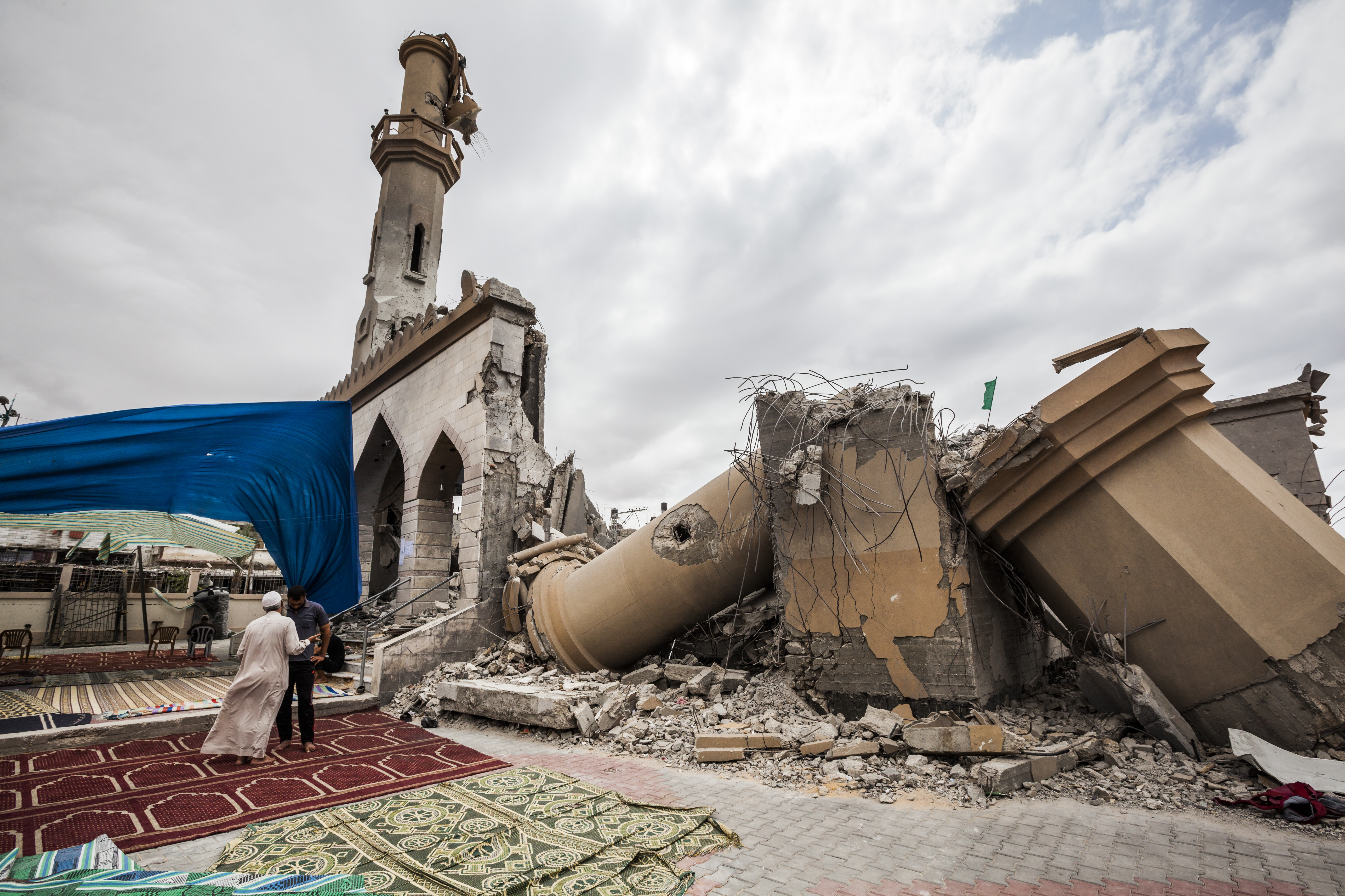 Destroyed mosques in Gaza after the last war against israel : Damage in the destroyed Omar Ibn Abd al-Aziz mosque in Beit Hanoun in the north of Gaza.