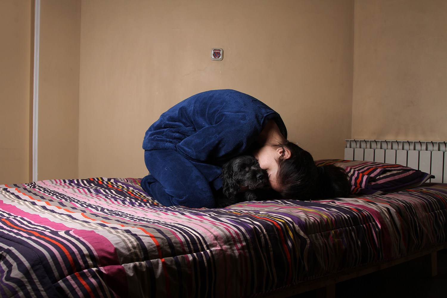 The blind-09 : 'The blind' is a photo book about 12 Iranian women who live alone. Although there is social stigma,the number of single women who choose this lifestyle is growing these days.