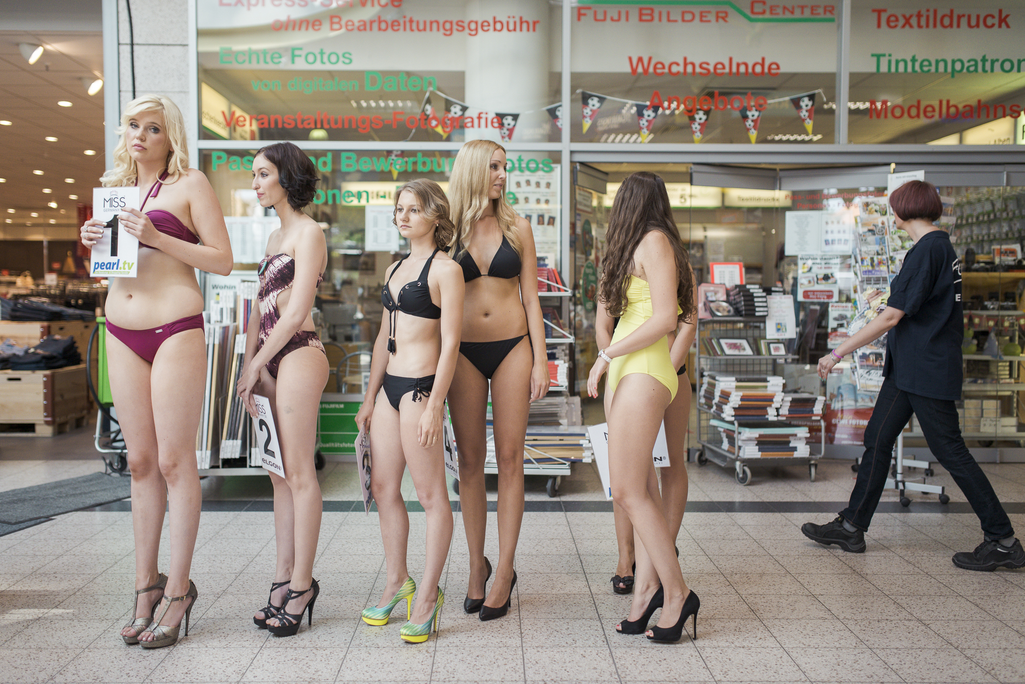 Miss Germany : Wolfenbüttel, Lower Saxony, Germany. At the judging in a shopping mall in Wolfenbüttel of the Miss Braunschweig to be. The models Jasmin, Marie-Therese, Katharina, Nadine, Miles and Christine (f.l.t.r.) are competing for this years title, who is then competing for Miss Germany. Casting shows and model competitions are extremely popular among young German girls, hoping to be discovered.