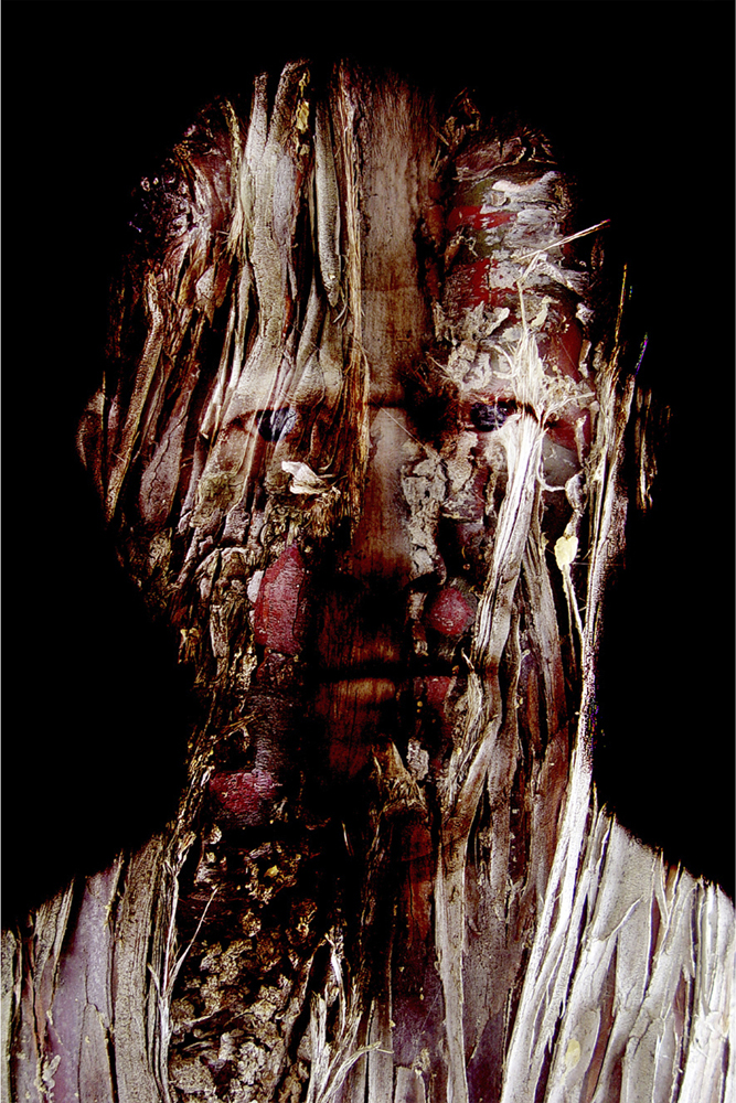 HEADS, Selportrait: Bark : C Print, Edition of 7 + 2 AP, 80 X 120 cm