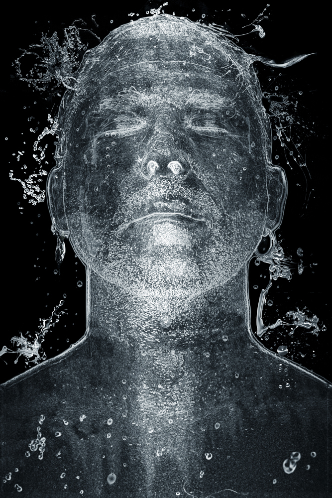 HEADS, Selportrait: Black Water : C Print, Edition of 7 + 2 AP, 80 X 120 cm